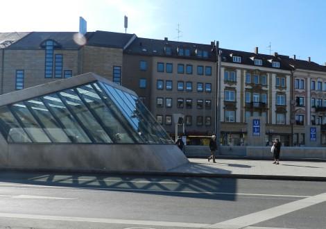 FABRINO Graffitischutz Betonelemente Sicorol U-Bahn Haltestelle 1