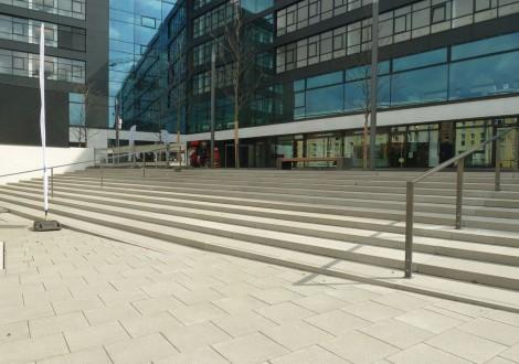 FABRINO Treppenanlage gesäuert Rutschsicherheit Betogel