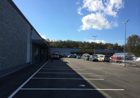 Fachmarktzentrum mit High Grade Faserbewherung  (1)