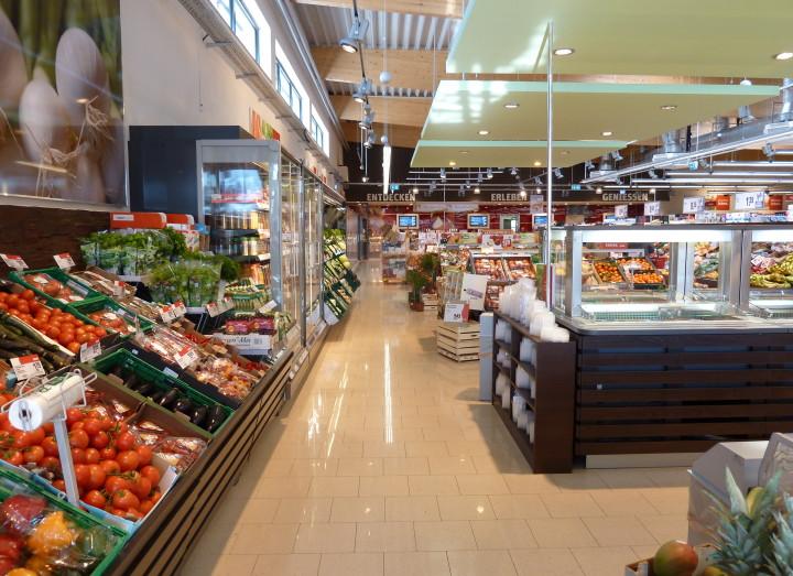 Lebensmittelfachmarkt Rewe Rohbetonsohle und LKW Rampe mit High Grade Faser (3)